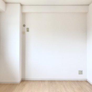 テレビとエアコンも設置できるので寝室にぴったりです!