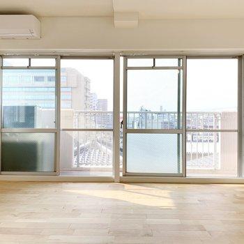 イメージ】大きな窓が2つも!採光はバッチリです。