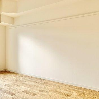壁際には長押しが付いていますよ。