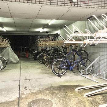 自転車置き場もあります。※空き用確認