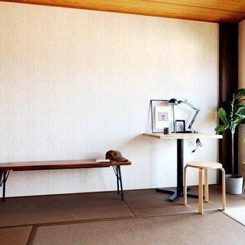 【和室】和室は打って変わって、渋い色合いのオトナな空間。