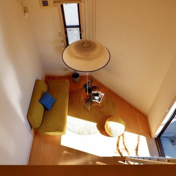 ちなみに居室は2面採光。斜めになった壁沿いにチェストなど配置できそうですね。