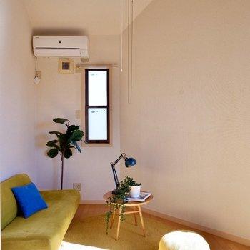 天井が高く開放感のある空間ですよ。