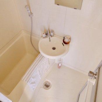 ゆったり浴槽と、洗い場でしっかり疲れをリフレッシュ!