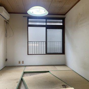 【工事前】リビング部分はもともと畳でしたが全面無垢床に張り替えます!