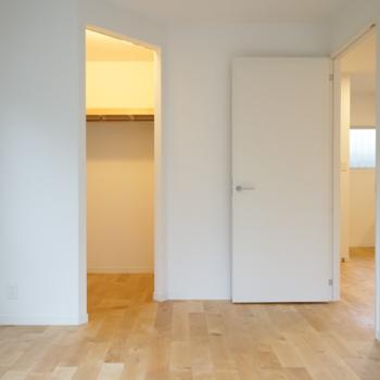 【イメージ】ベッドルームにはウォークインクローゼットを設置。