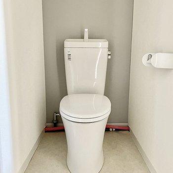 トイレは後ろの配線が若干気になります。