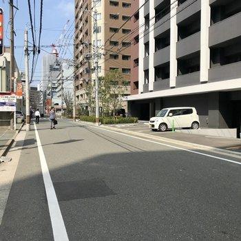 博多駅徒歩圏内だけど、1本中に入ると静かな雰囲気