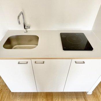 イメージ】キッチンは1H、白いキッチンがかわいいさ100点!