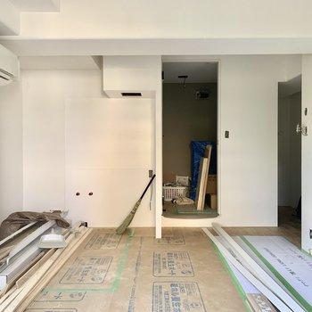 工事中】左奥にキッチンが入ります