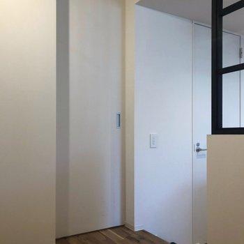 反対側を見てみましょう。※写真は2階の同間取り別部屋のものです