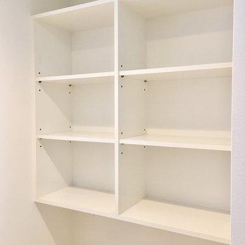 本や趣味のものをコレクションしたいですね。(※写真は3階の同間取り別部屋のものです)