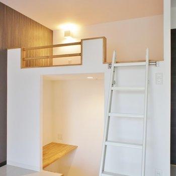 上が寝床、下が書斎になりそうです。(※写真は3階の同間取り別部屋のものです)