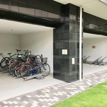 共用部】駐輪場は雨の心配なし◎