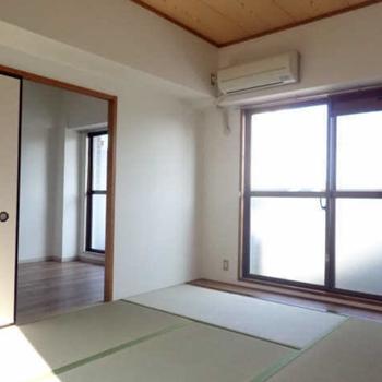 【和6】各お部屋も見ていきましょう。まずはDKお隣の和室から。
