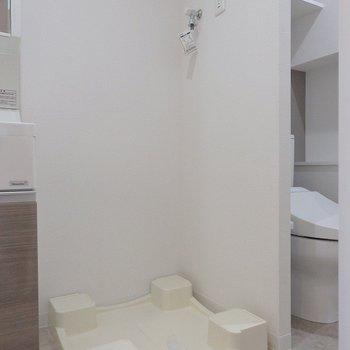 洗濯機はもちろん室内置き。(※写真は6階同間取り別部屋のものです)