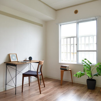 【洋室】約4.1帖とコンパクトなお部屋。