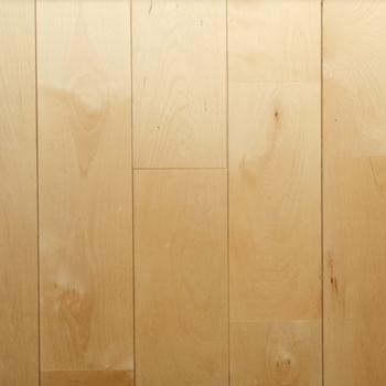 床材】主役となる床材はバーチ。しっかりしてて強いです。