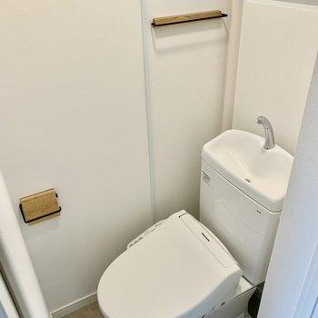 トイレは新設。お風呂は既存をリニューアルし、水栓交換なども行います!