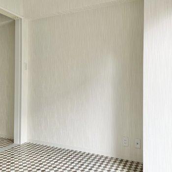 コンパクトな広さのため、大きな家具はベッドを置くくらいがいいかと。