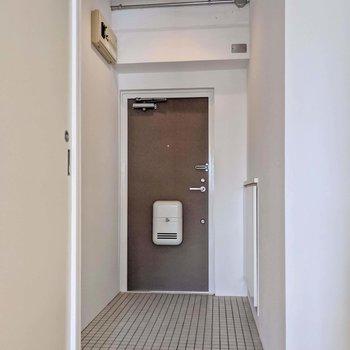 玄関はかなりゆったり!