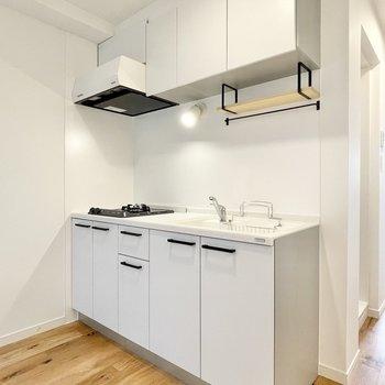 【イメージ】キッチンの左側には洗濯機置き場を設置します。