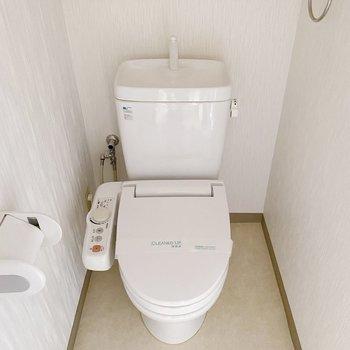 【1階】温水洗浄付きが嬉しい。