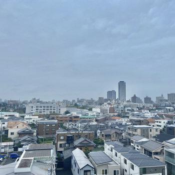 8階からの眺めは、いいものですね〜。