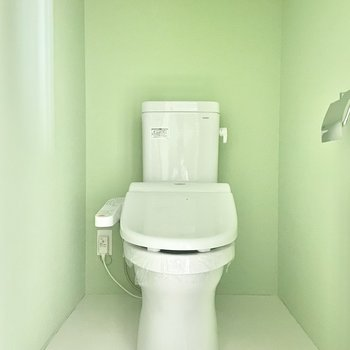 トイレもグリーン!※写真は通電前のものです