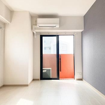 お部屋も内装に合わせて、レイアウトに遊び心を交えたいなぁ。(※写真は10階の反転間取り別部屋のものです)