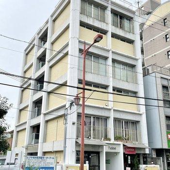 6階建なのですが、各部屋メゾネットのため、実質3階が最上階!