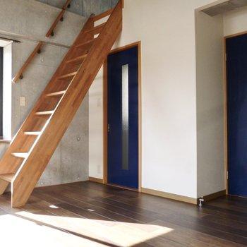 階段下のモーニング