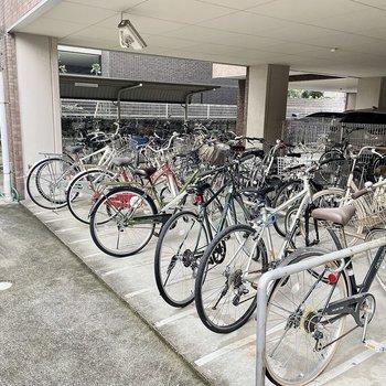 【共有部】駐輪場も広いですよ。