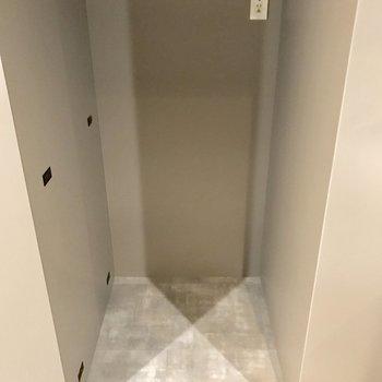 冷藏庫を置くスペースもしっかり(※写真は4階の同間取り別部屋のものです)