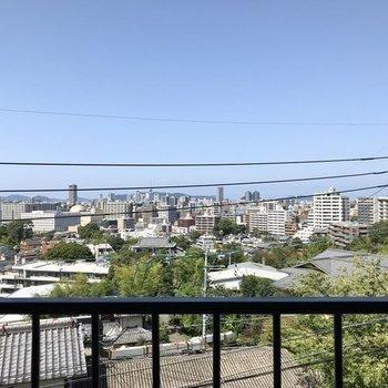 玄関開けてすぐも、福岡の街が一望できました…◯