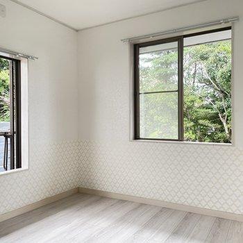 【2階】4.5帖の洋室はシンプルに