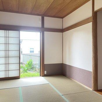 【1階】おしゃれな色合いの和室