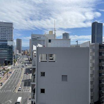 眺望は建物。空がみえてやっぱり気持ちいい!