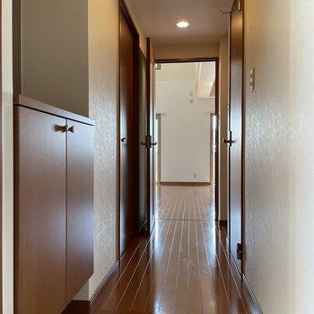 1階:廊下