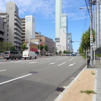 【周辺環境】まっすぐ進むと徒歩3分ほどで天王寺駅へ。めちゃめちゃ近かったです。