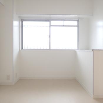 【イメージ】掃除もしやすくシンプルな印象です!家具なんでも合わせられます。