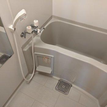清潔感のある浴室です。