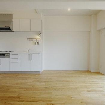 【イメージ】ヤマグリの木材が部屋を彩ります