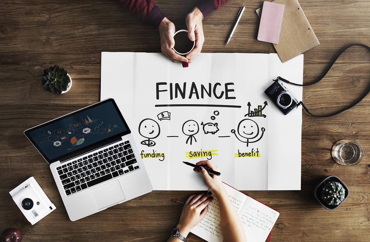 法人カードローンのメリット・デメリットと他の融資方法との違いを解説