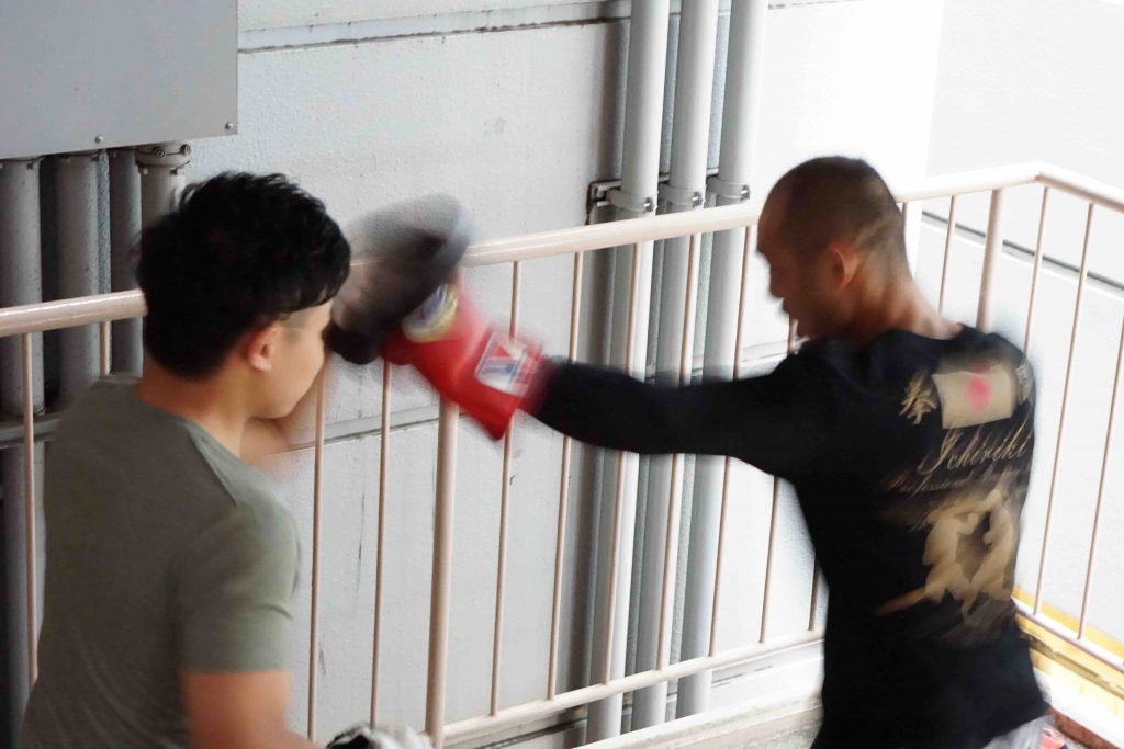 岡川智行 ボクシング パーソナルトレーニング パーソナルトレーナー zehitomo