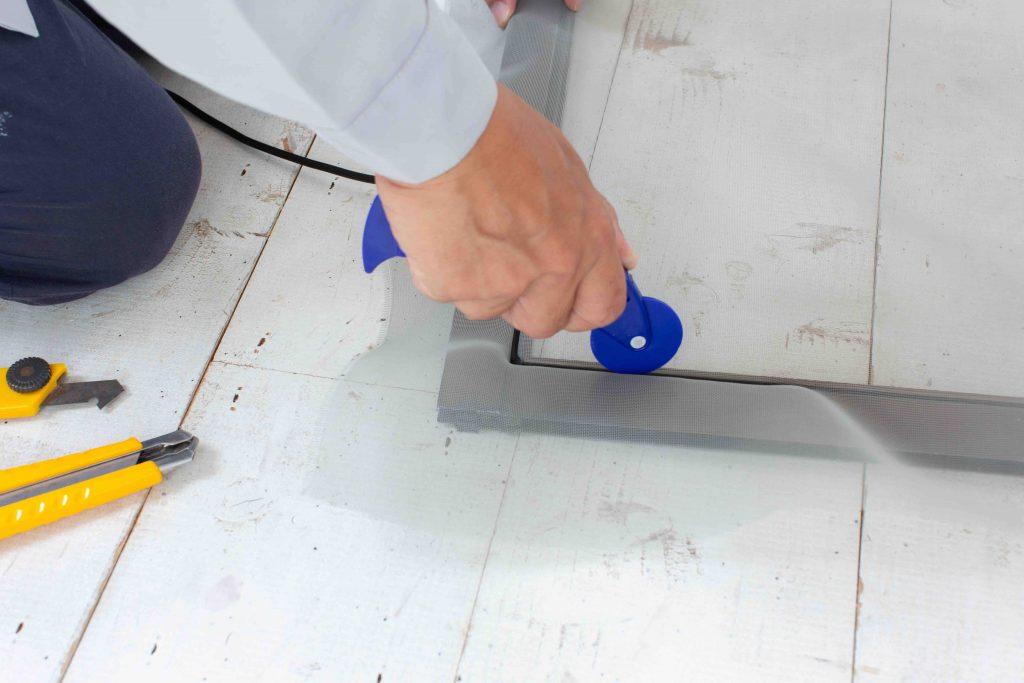 網戸 張り替え 方法 DIY Zehitomo