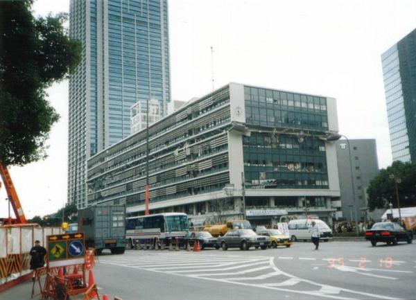 大きなマンションなら地震に安全か・