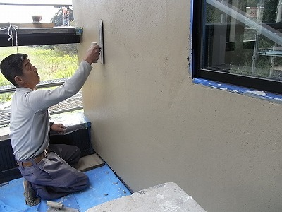 しっとりした土壁漆喰