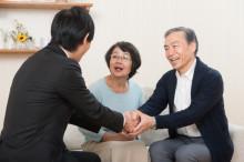 事業承継をする際に、前社長、現社長の連帯保証は、どうなるのか?