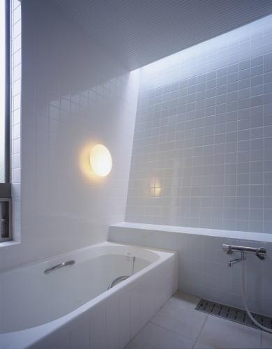 北側の浴室を明るくする方法